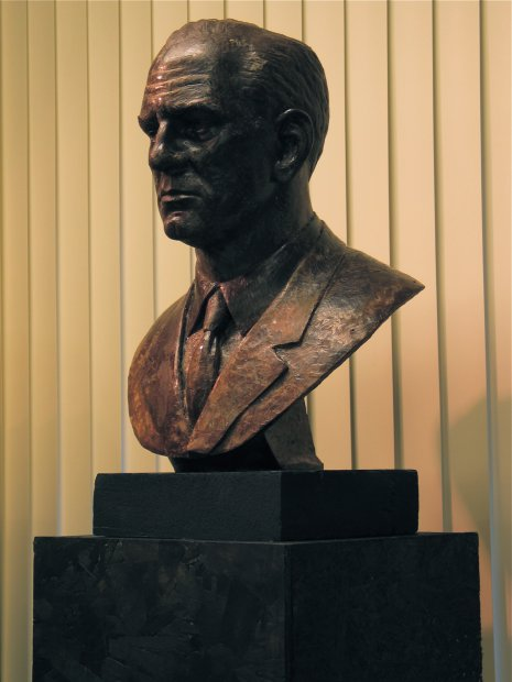William Fulbright, 2006, Wax